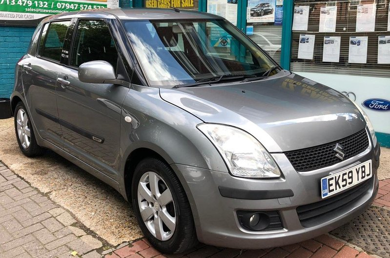 SUZUKI SWIFT VVTS Auto GLX